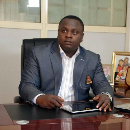 Dr Kunle Adeyemi